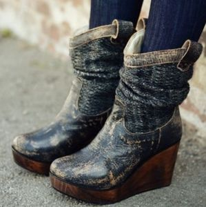 BED STU Bruges Leather & Knit Wedge Booties 8. 5